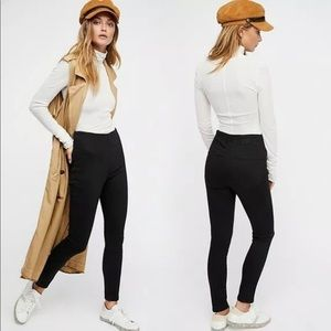 FREE PEOPLE Ultra High Pull On Skinny Jeans Black